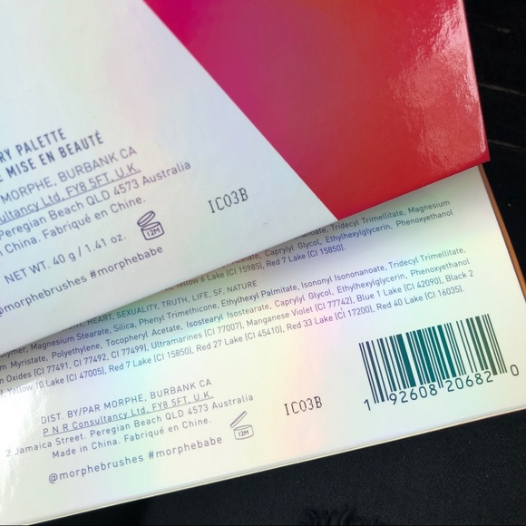 Morphe Pride Live in Color 25L Palette & Brush Set